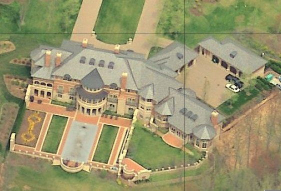 A look at Huge Homes