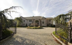 New mansion on the market in Alpine, NJ