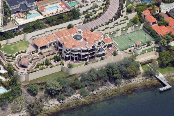Australia Mega Mansion sells for Record Price