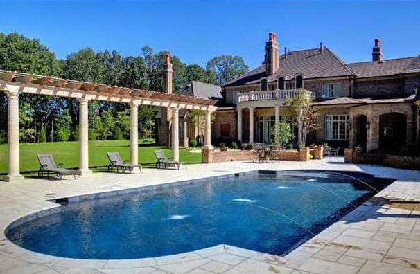 Classic European Estate in Tennessee