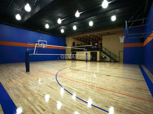 Las Vegas Mansion With Incredible Indoor Basketball Court Homes Of The Rich