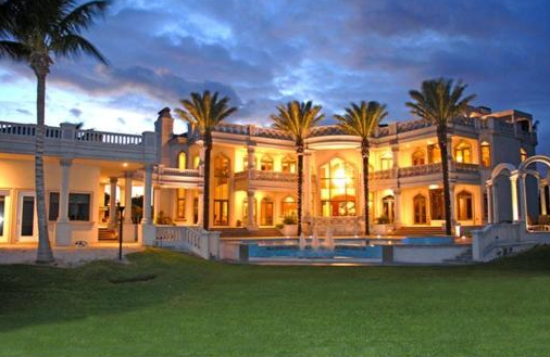 Vero beach mega mansion homes of the rich for Mega mansions in florida