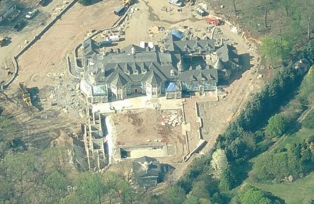 Alpine, NJ Mega Mansion Now Visible In Bird's Eye View