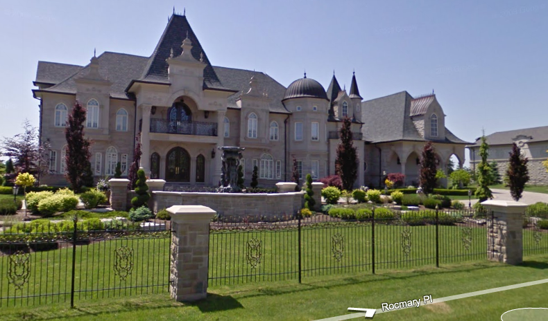 Rocmary Place In Ontario Homes Of The Rich