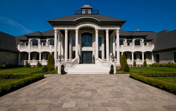 Tulyons a 41 000 square foot canadian mega mansion for Mega mansions in florida