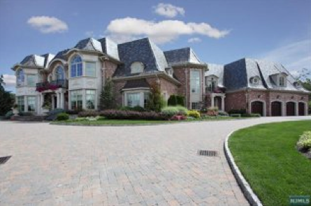 14 9 million mansion in alpine nj homes of the rich for Alpine nj celebrity homes