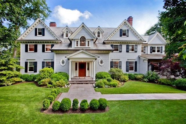 Breathtaking traditional colonial in westport ct homes for Connecticut home builders