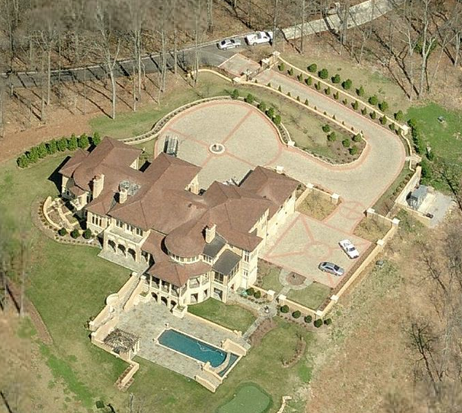 A look at some Tennessee Mansions