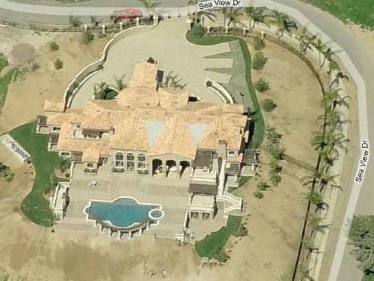 Sea View Manor