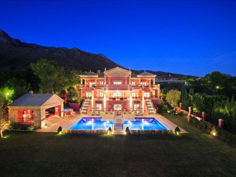 Magnificent New Roman Style Palatial Villa In Spain