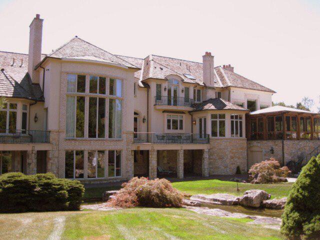 Lavish Gated Estate In Novi, MI
