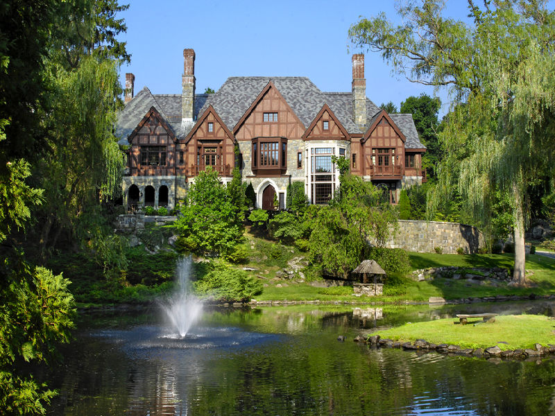 Magnificent stone and brick english manor in greenwich ct for Manors for sale in usa