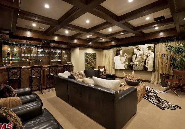 Legendary Estate For Sale In Beverly Hills, CA