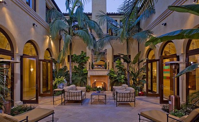 Equestrian And Vineyard Hacienda Estate In Los Angeles Ca