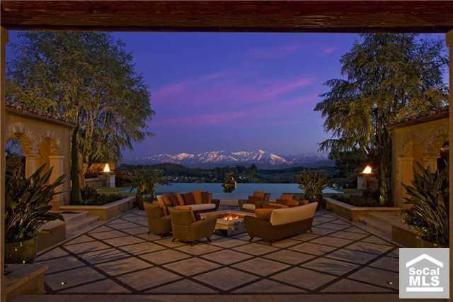 Villa Tranquillo – A Tuscan Inspired Estate In Irvine, CA
