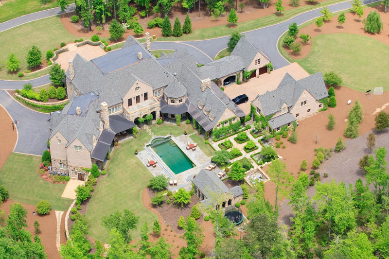 Exquisite Gated Private Estate In Suwanee, GA