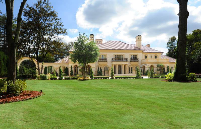 lee najjar s atlanta mansion re listed for 22 5 million homes of the rich. Black Bedroom Furniture Sets. Home Design Ideas