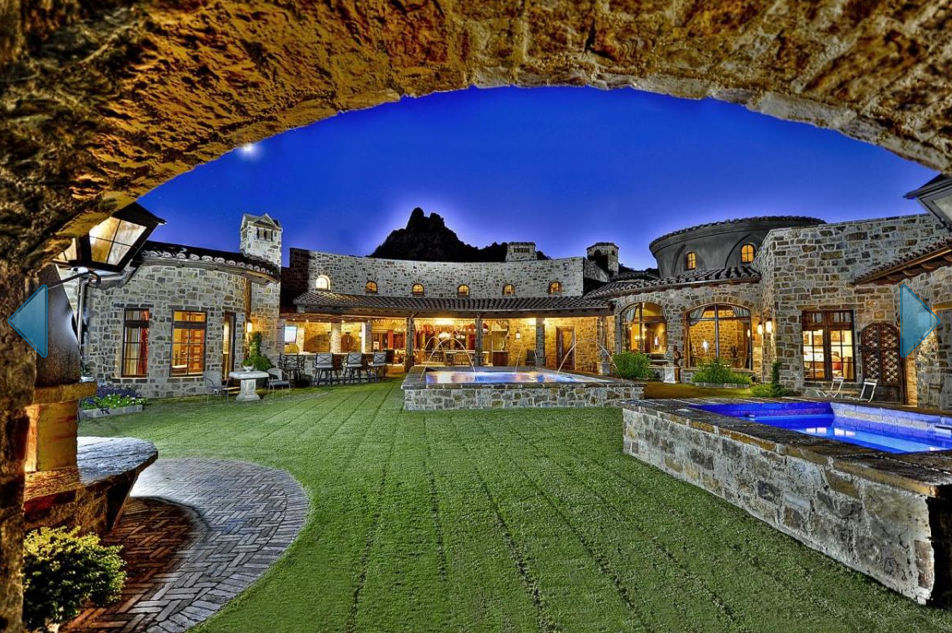Tuscan Style Estate With 12-Car Garage In Scottsdale, AZ ...