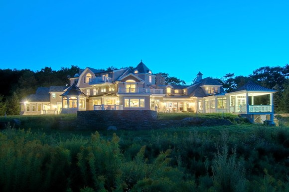 Dennis Kozlowski S Former New Hampshire Mansion Sells At