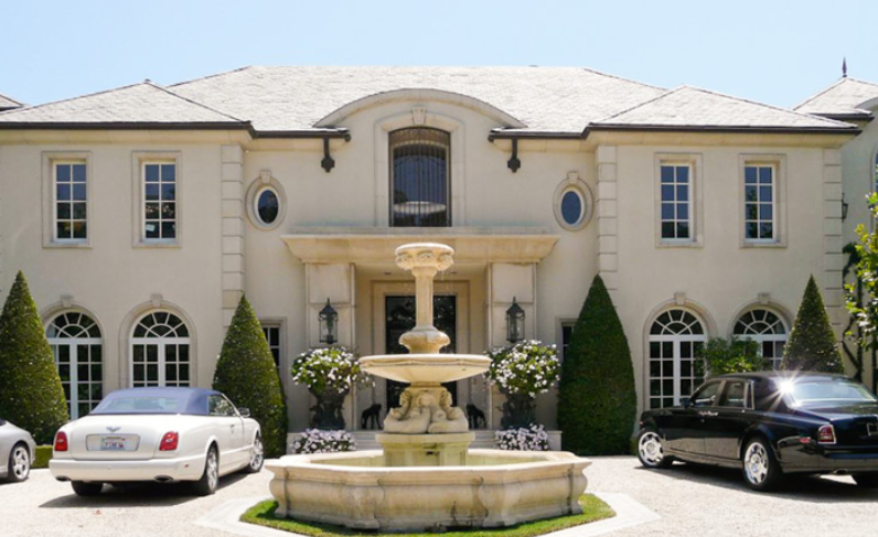 Large Plantation Style New Build In Destrehan La likewise Watch in addition Madonnas 20 Million Home On Sunset Blvd likewise QYEcmdRQN0Y additionally Camille Grammer Cuts Price On Malibu Home. on celebrity homes in beverly hills