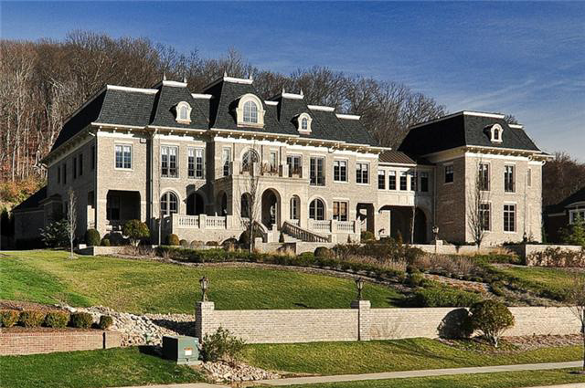 Stately Home In Brentwood Tn Homes Of The Rich
