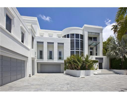 Modern Oceanfront Mansion In Golden Beach Fl Homes Of