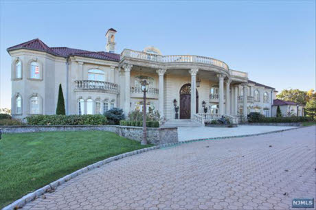 Newly Listed 25 000 Square Foot Mega Mansion In New Jersey