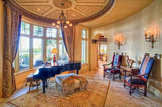 Newly Listed Waterfront Mansion In Jupiter, FL