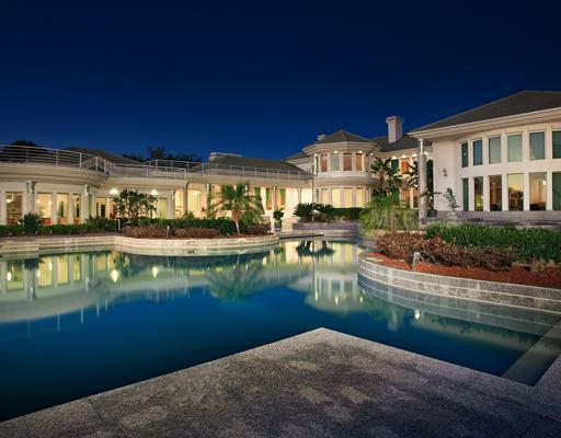 22 000 square foot contemporary mega mansion in orlando for Mega mansions in florida