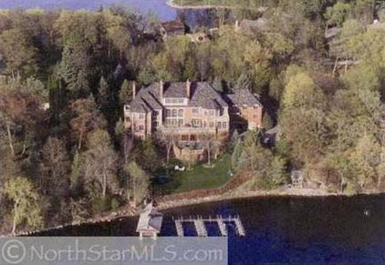 The Hawk S Nest A 22 000 Square Foot Estate In