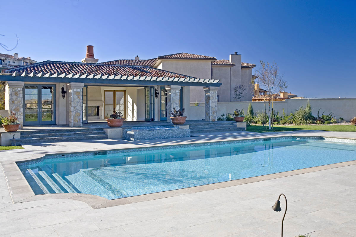 Britney Spears' Former Leased Mansion In Calabasas Up For Sale