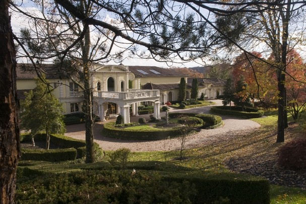 Oil Man Scott Boruff Buys Knoxville S Villa Collina Estate