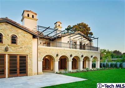 Gated Italian Villa In Pasadena, CA