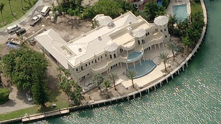 $29.5 Million Waterfront Estate In Bal Harbour, FL