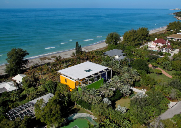 Colorful Contemporary Beach House In Sarasota, FL