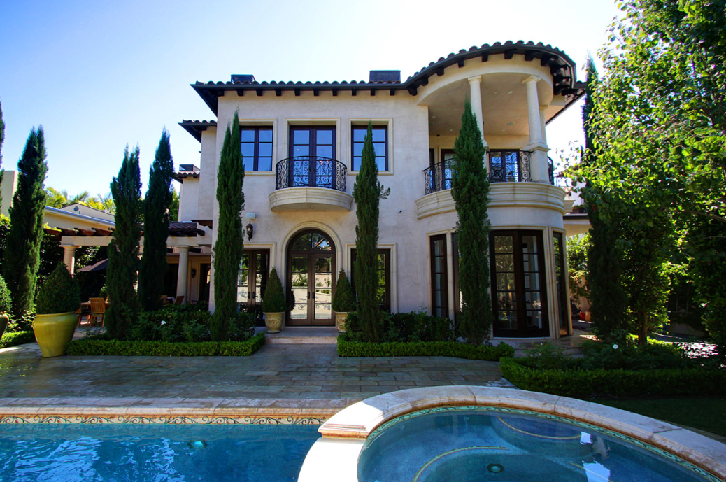$8.45 Million Tuscan Mansion In Beverly Hills, CA