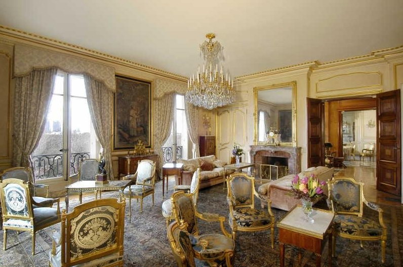Most Expensive Car In The World >> Lavish Avenue Foch Apartment In Paris | Homes of the Rich