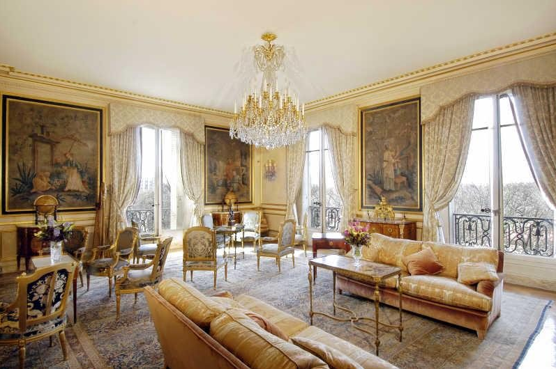 Lavish Avenue Foch Apartment In Paris | Homes of the Rich ...