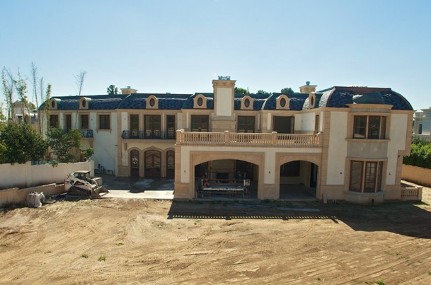 39 million newly constructed mega mansion in beverly for Mega mansion for sale