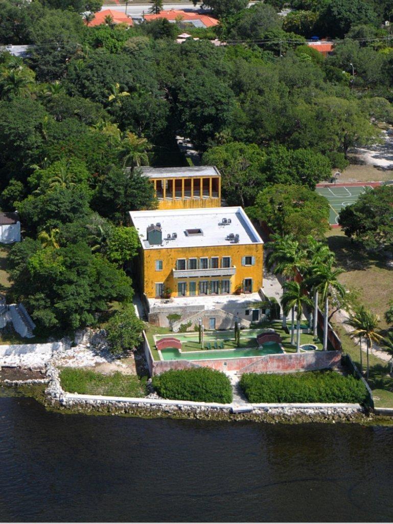Ca' Ziff Estate In Miami, FL