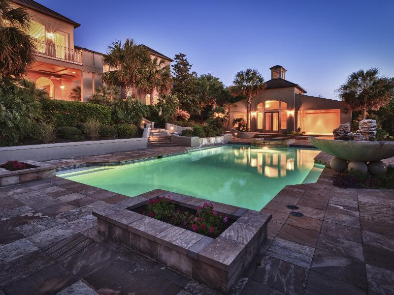 The Dominion San Antonio >> Spurs Legend David Robinson Selling San Antonio Home | Homes of the Rich