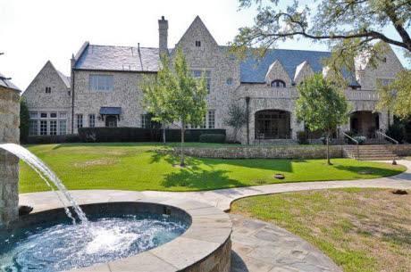 Traditional Mansion In Gated Community In Flower Mound, TX