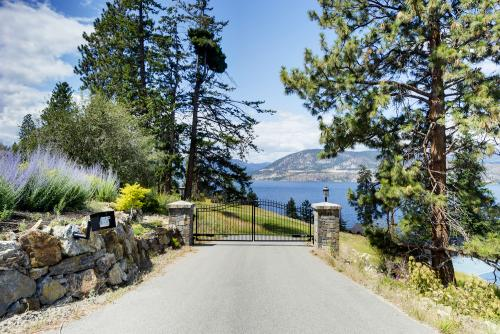 16 Acre Lakefront Estate In Kelowna, BC