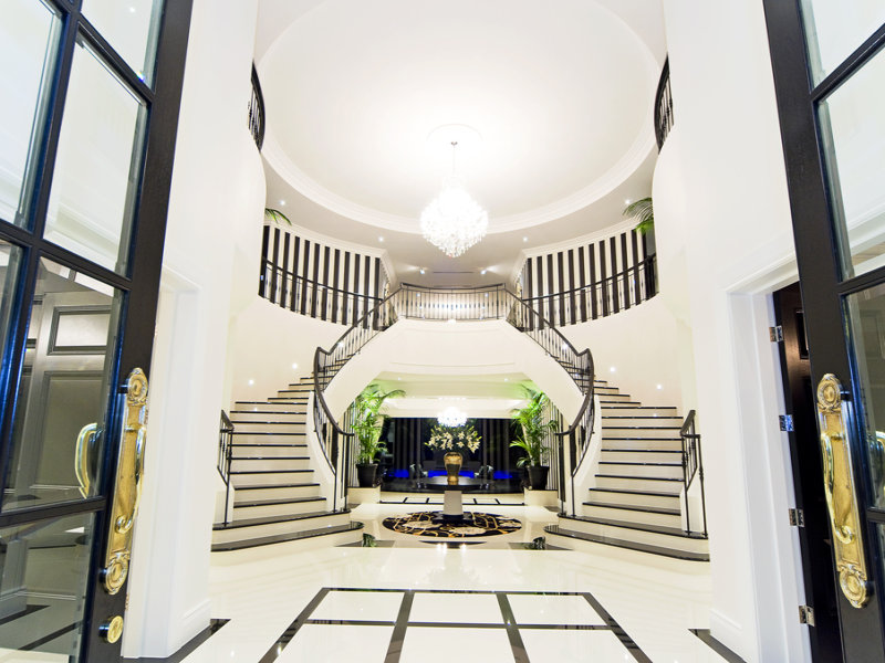 17 5 Million Newly Listed Modern Mansion In Queensland