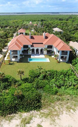 $25 Million Waterfront Estate In Vero Beach, FL