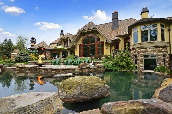 European inspired estate on lake minnetonka homes of the for Lake house property