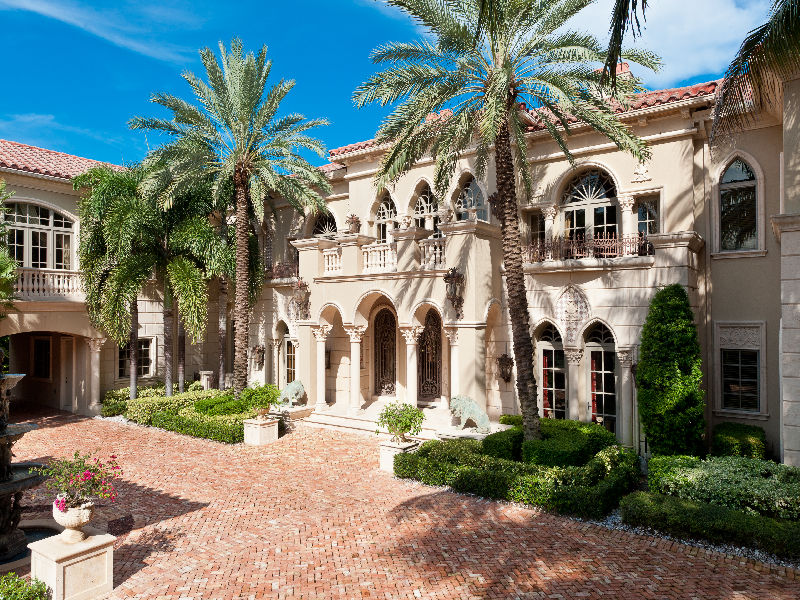 23 000 square foot mediterranean mega mansion in manalapan for Very nice mansions