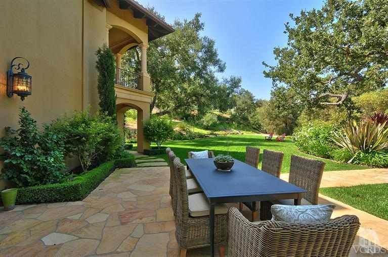 This Gated Estate Is Located At 2647 Elderoak Lane Within The Guard Gated  Community Of The World Famous Sherwood Country Club In Thousand Oaks, CA.
