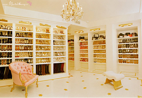 Most U201cHomes Of The Richu201d Have Huge Walk In Closets. However, Not All Of  Them Have AMAZING Over The Top, Luxurious Ones With Custom Built Ins.