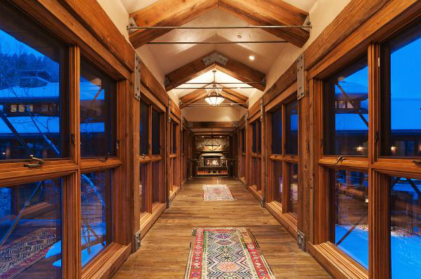 Stunning 17,000 Square Foot Mountaintop Contemporary ...